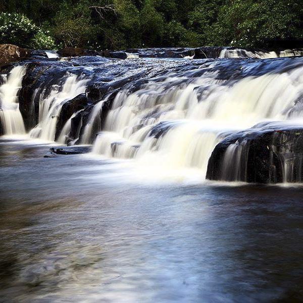 Uma das Cachoeiras na Pousada Roccaporena
