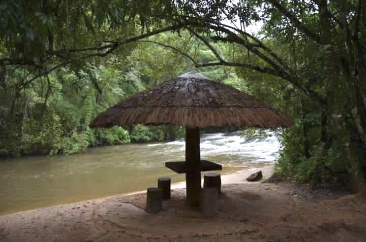 Praia na Pousada Roccaporena cachoeira